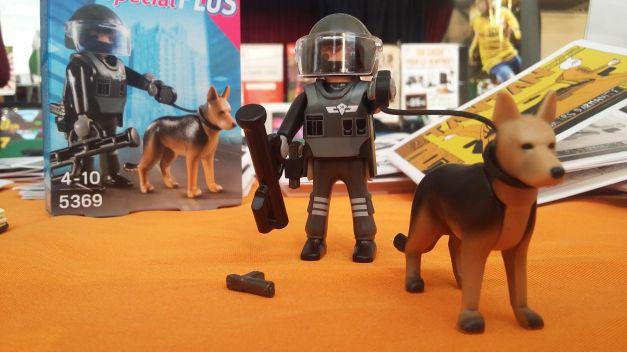 Playmobil policier flic 02