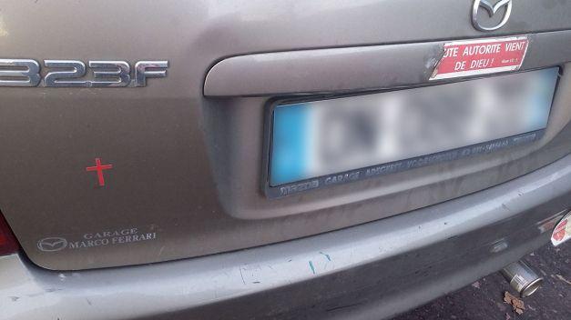 autocollant de voiture Tout autorité vient de dieu 03